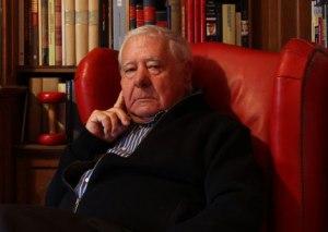 El escritor Francisco González Ledesma