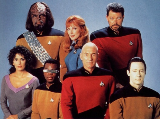 Star_Trek_The_Next_Generation_Crew_freecomputerdesktopwallpaper_1600