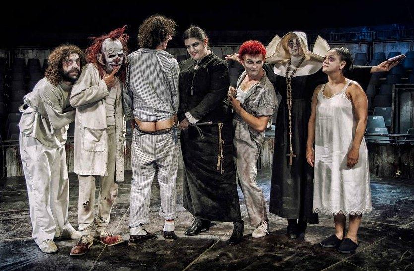 Crítica Teatral Manicomio El Circo De Los Horrores Culturalia