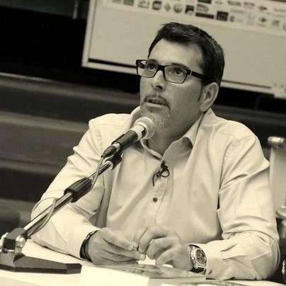 El escritor Víctor del Árbol, en una imagen promocional