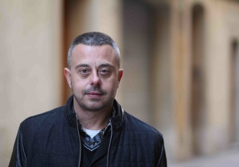 El escritor barcelonés Toni Hill, en una imagen promocional